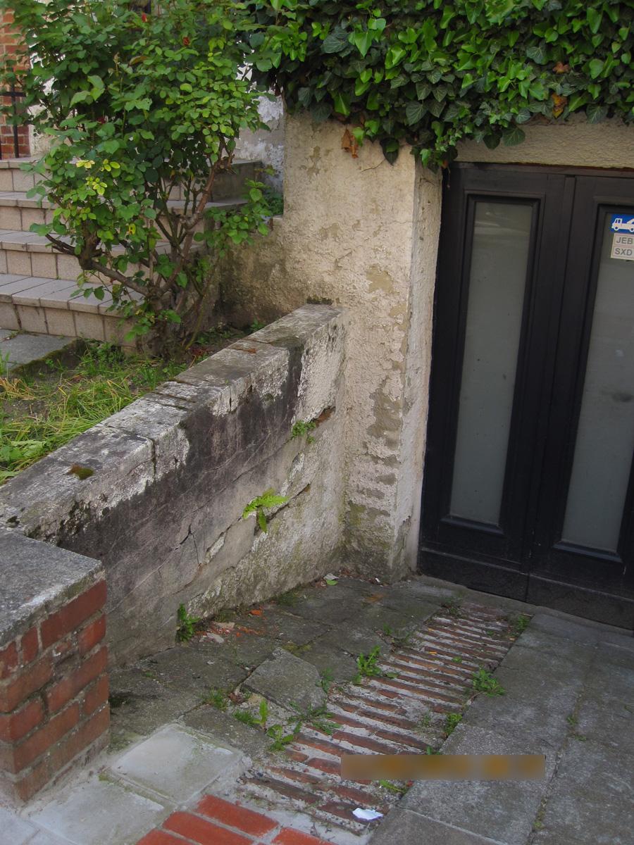 Avant: Terrasse avant travaux de rénovation